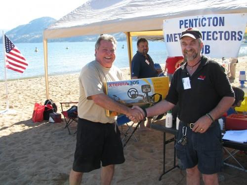 Minelab X-Terra 350 Detector Winner - Hank Vodarek